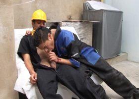Latino Construction Studs Barebacking